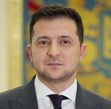 Зеленский отреагировал на обстрел автомобиля Шефира (видео)