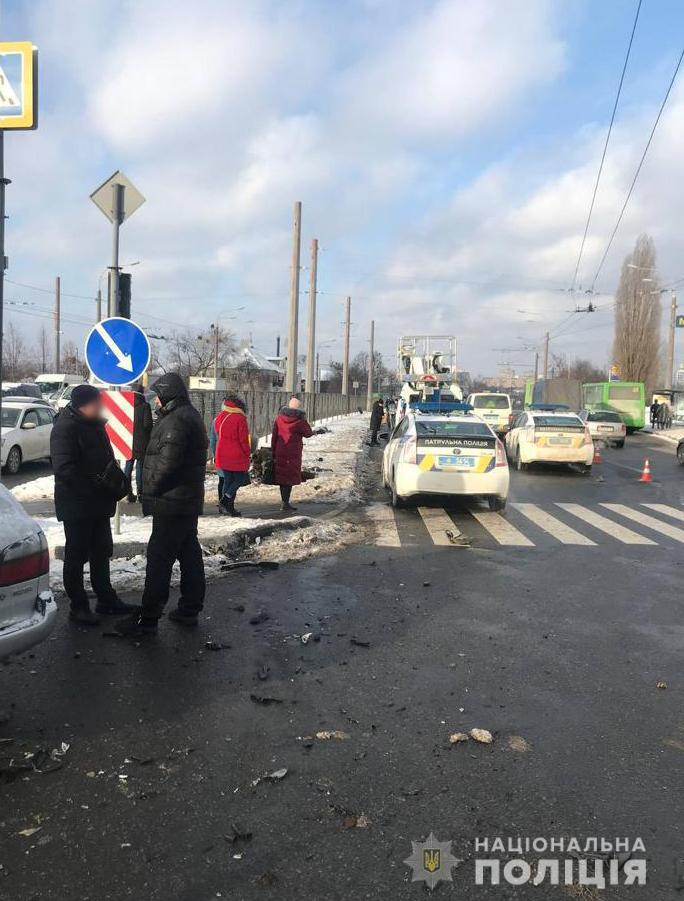 Погибшая в аварии на Гагарина женщина работала в METRO и регулярно переходила дорогу в этом месте (фото, видео)