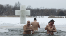 Купаться на Крещение или нет – что советуют харьковские моржи