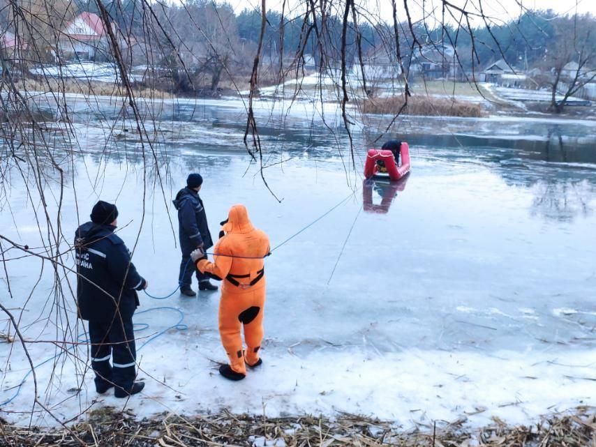 Смерть в новогоднюю ночь: на Северском Донце утонул мужчина