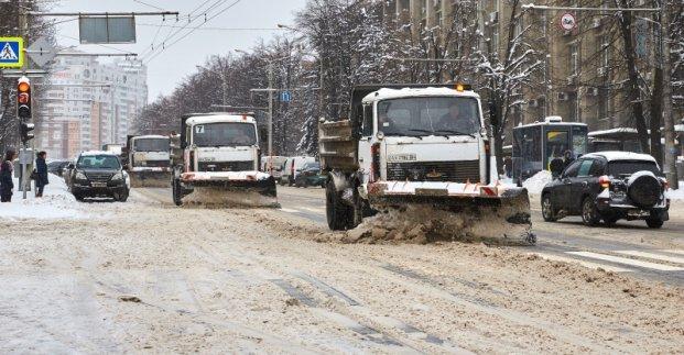 Харьков за ночь засыпало снегом