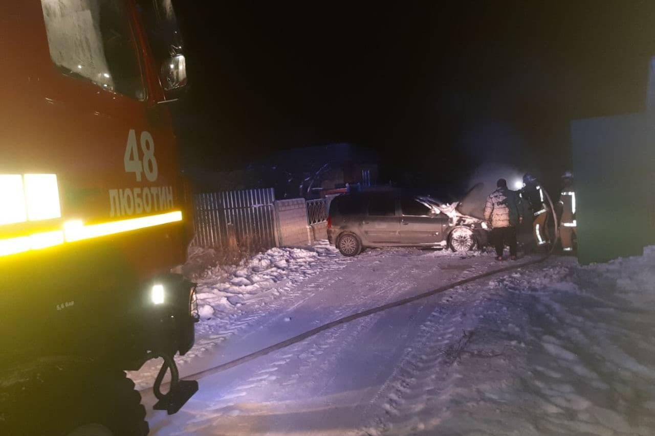 Под Харьковом сгорела Dacia Logan (фото)