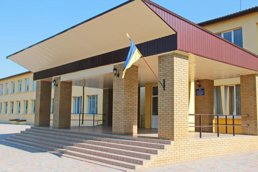 Большую часть школ и детсадов передали на баланс громад Харьковщины