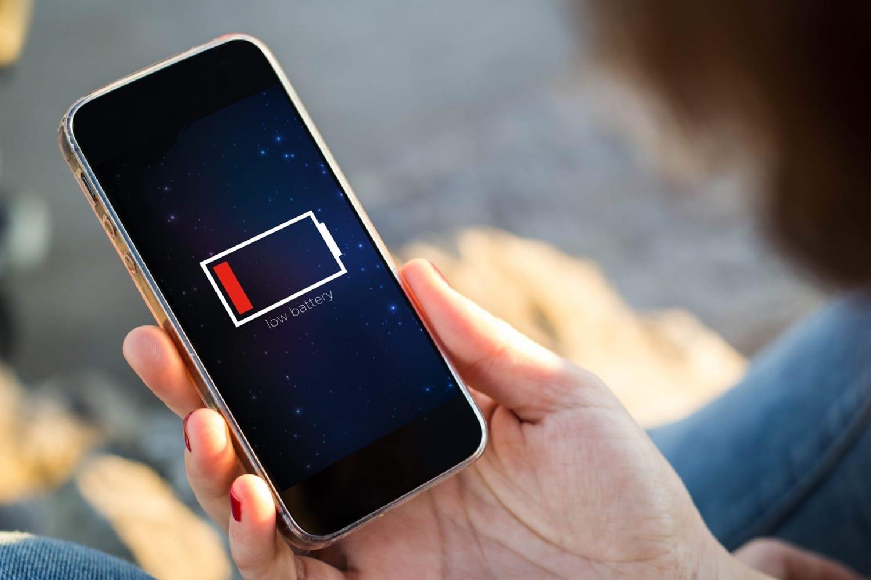 Китайские инженеры научились заряжать мобильные телефоны с помощью кипятка