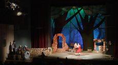 Тифлокоментар голосом із підземки: театр дітей та юнацтва став інклюзивнішим