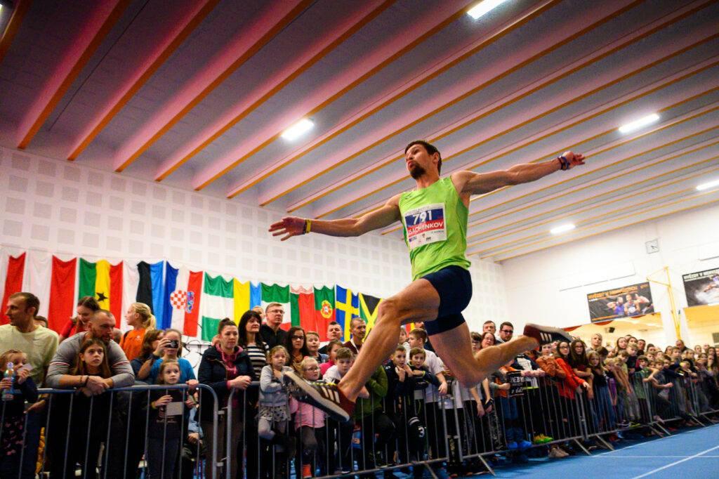 Харьковский легкоатлет стал призером чешского международного турнира (фото)