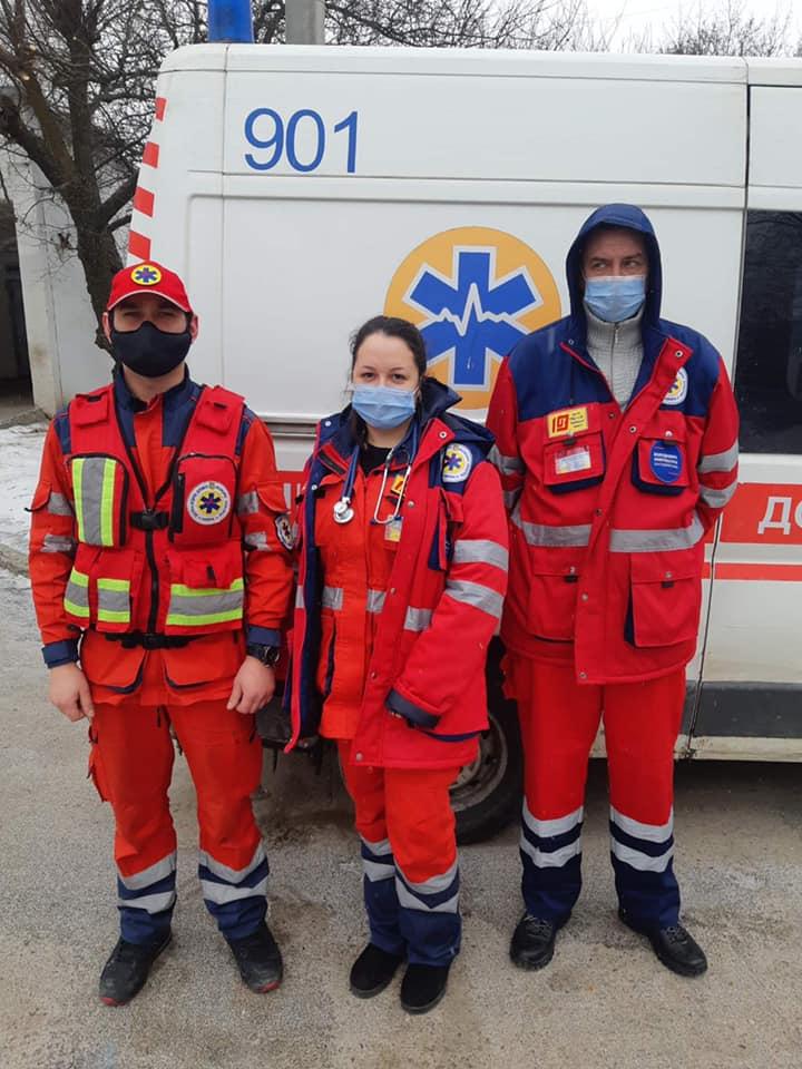 Медики в Харькове спасли человека