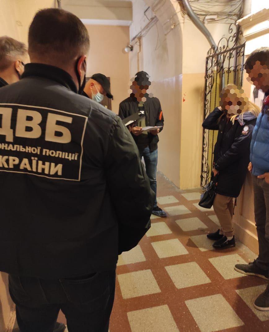 Бывшего инспектора ХНУВС будут судить по подозрению в драке со стрельбой в центре Харькова (фото)