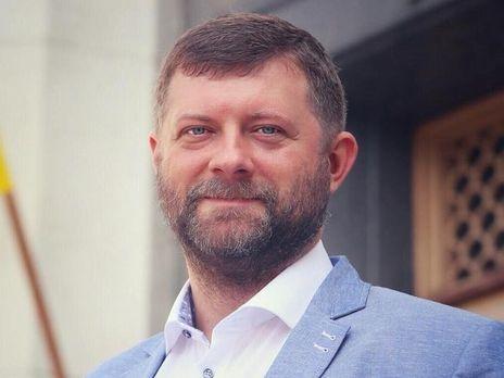 Министерства, извините, начинают вывозить мебель, —  Александр Корниенко
