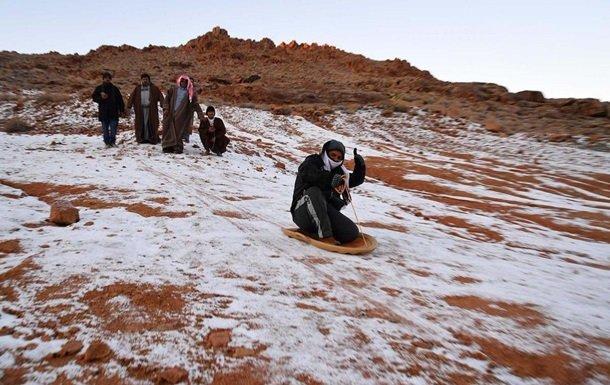В Саудовской Аравии — снежная зима (фото, видео)