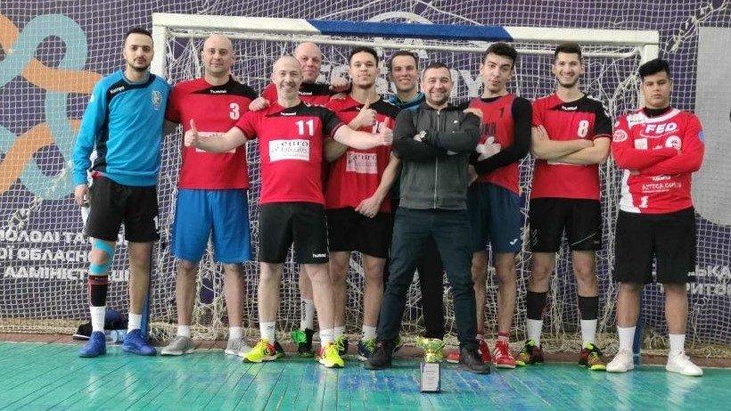 Харьковские гандбольные команды выиграли серебряные медали (фото)