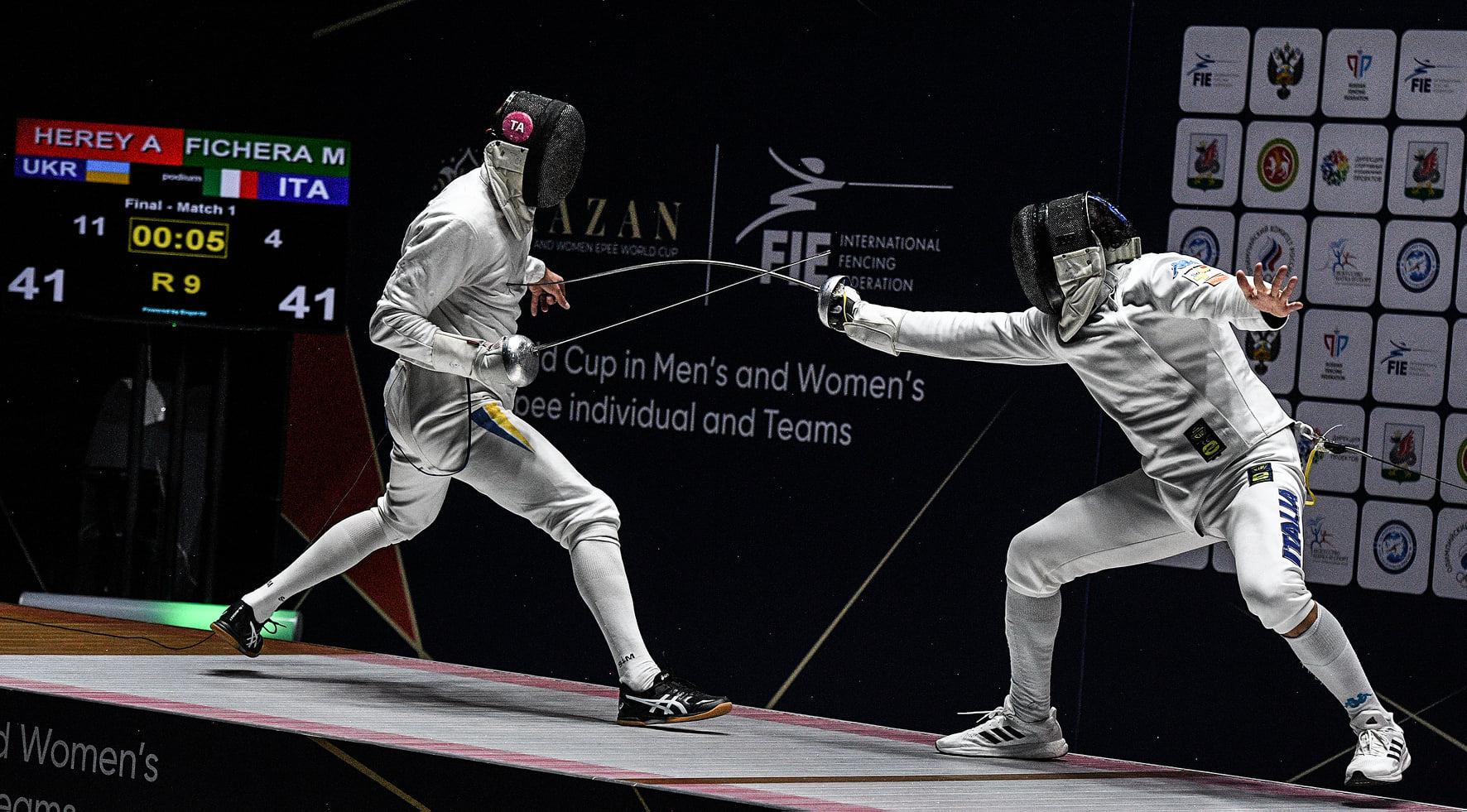 Харьковский шпажист добыл олимпийскую лицензию в составе команды (фото)