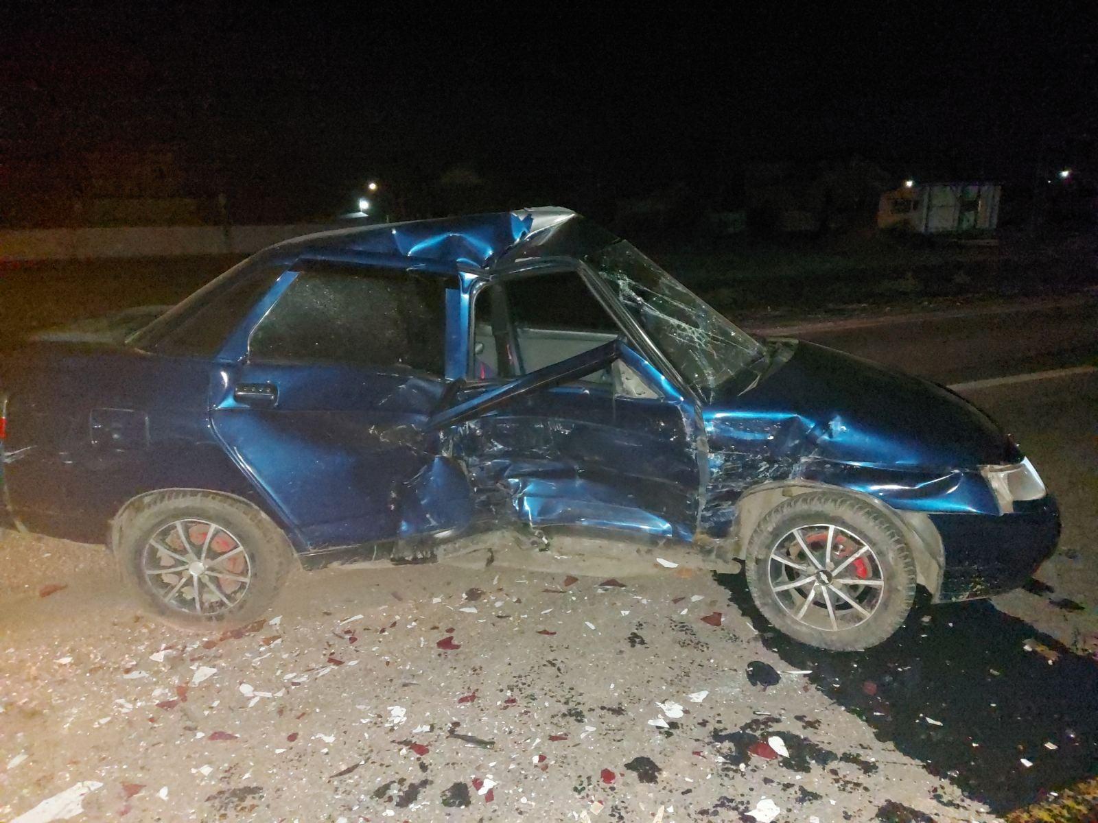 На Харьковщине пьяный водитель устроил ДТП: пострадавший находится в реанимации (фото)