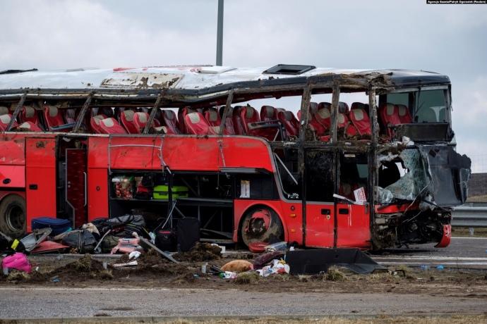 Авария автобуса с украинцами в Польше: 6 погибших, 14 в тяжелом состоянии – МВД