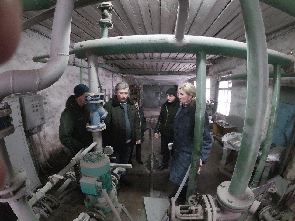 """На Харьковщине нашли """"золотую котельную"""" – пять рабочих отапливают дом на 32 квартиры (фото)"""