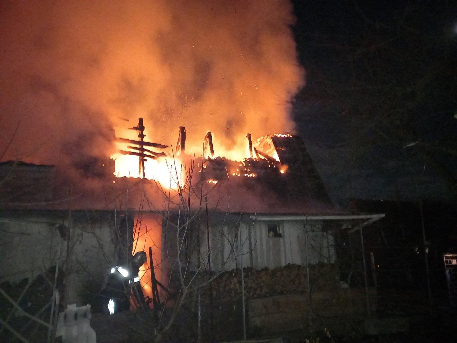 Харьковчанин едва не сгорел на даче  (фото)