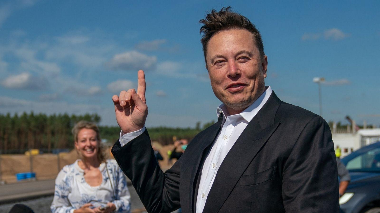 Илон Маск замахнулся на город имени собственной компании (фото)