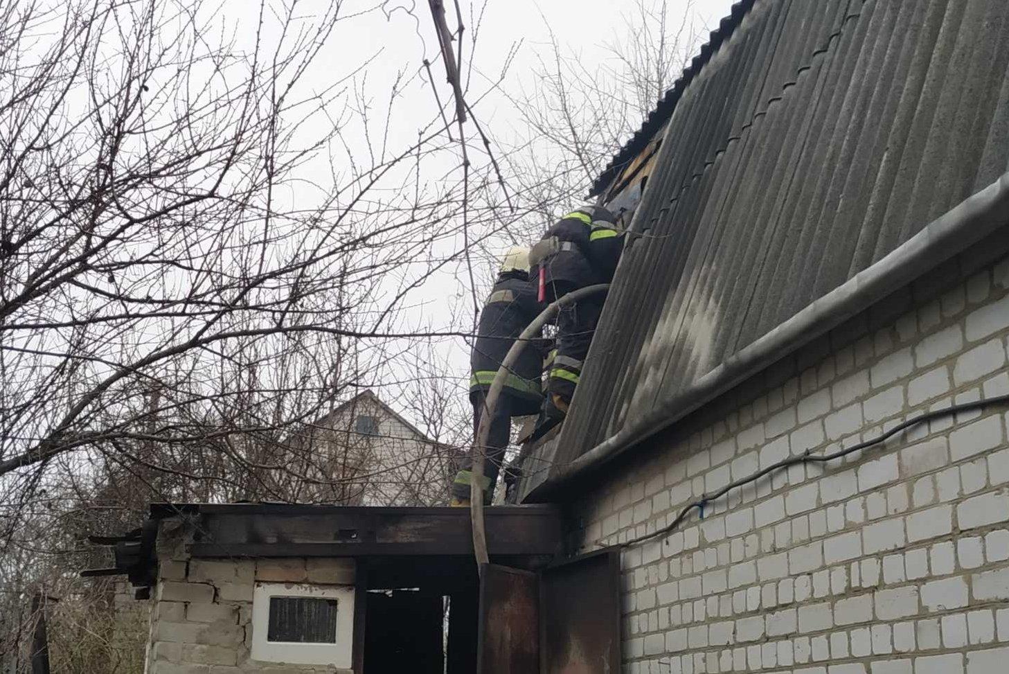 Пожилой мужчина сгорел на даче под Харьковом (фото)