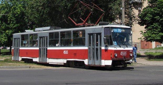 На время ремонта контактной сети трамваи №16 и 16А решили не выпускать на маршруты