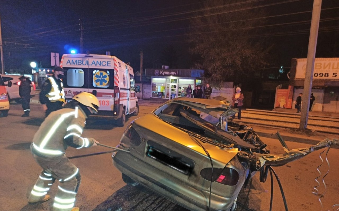 В Харькове в тройном ДТП погиб человек (фото)