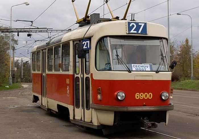 В Харькове четыре трамвая меняют маршруты движения