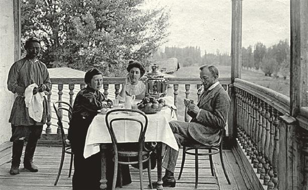 Чаепитие на даче. Фото из открытых источников