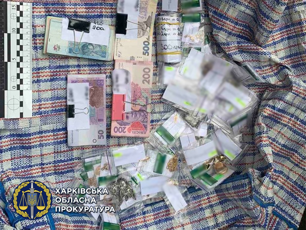 Задержанных за кражу из ломбарда харьковчан подозревают минимум в восьми преступлениях