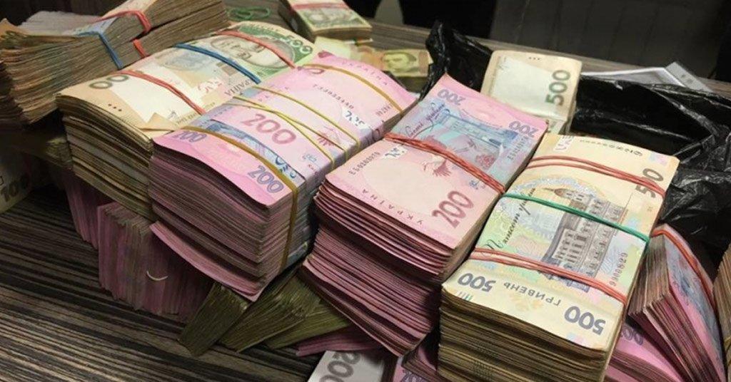 Сотрудницу харьковской фирмы подозревают в присвоении более четверти миллиона гривен