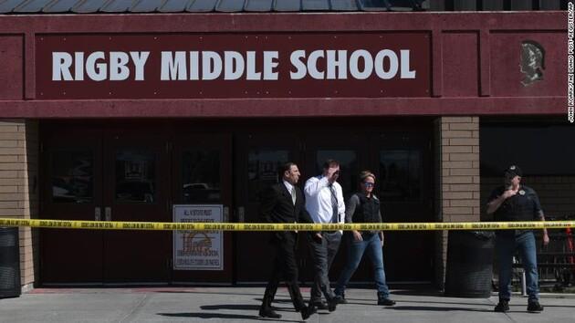 Американская шестиклассница расстреляла детей из пистолета