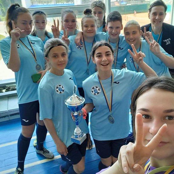 Харьковская девичья сборная стала серебряным призером чемпионата Украины по футзалу (фото)