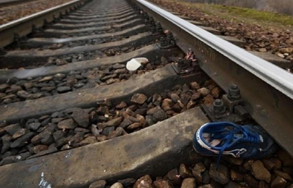 В Харьковской области поезд переехал человека (фото)