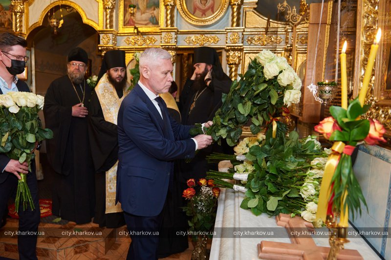 В Харькове открыли памятник владыке Никодиму