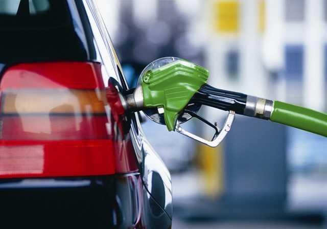 Кабмин не ограничил цены на дорогие брендовые марки бензина – Минэкономики