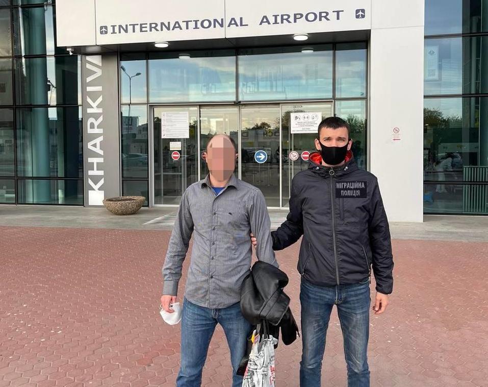 Отбывал наказание за кражу: из Харьковской области выдворили гражданина Грузии