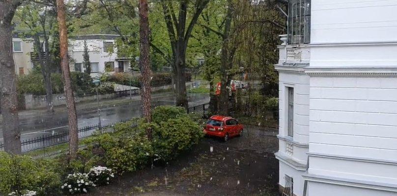 В Берлине — майский снегопад (видео)