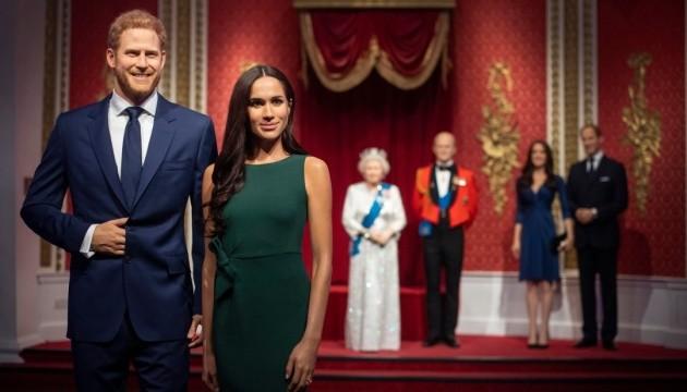 Гарри и Меган изгнали из королевской семьи в музее мадам Тюссо