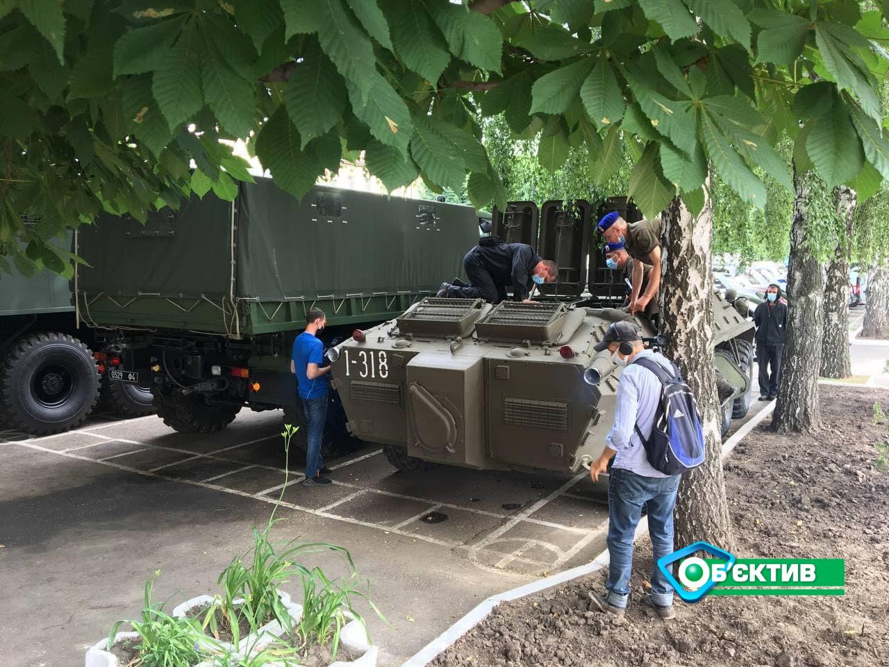 В Харькове проходит техосмотр техника Нацгвардии (фото)