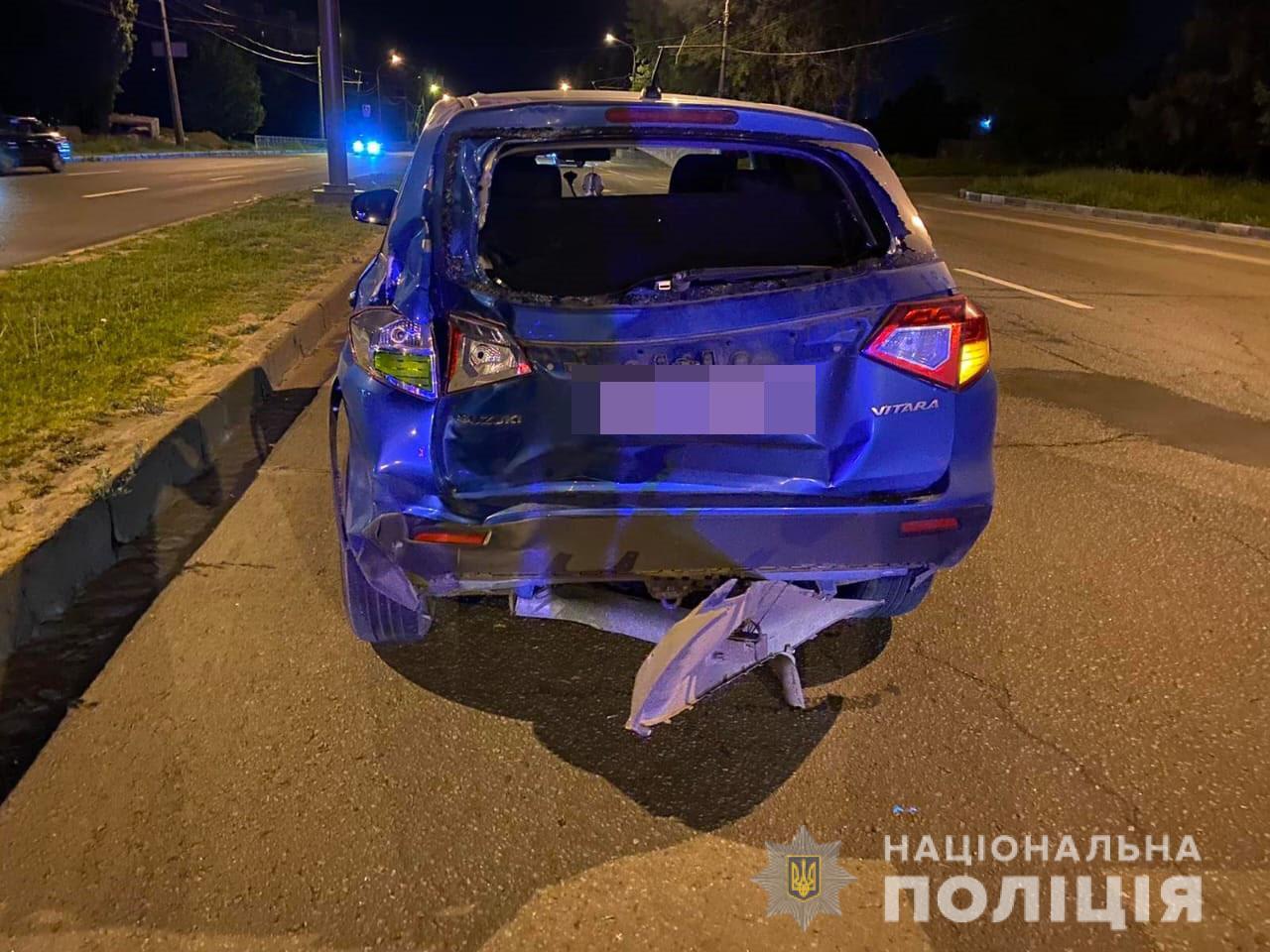 В Харькове столкнулись мотоцикл и легковушка