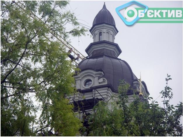Греко-католический храм Святого Николая в харьковском парке