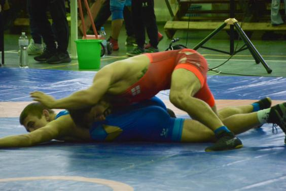 В Харькове прошел Всеукраинский турнир по вольной борьбе