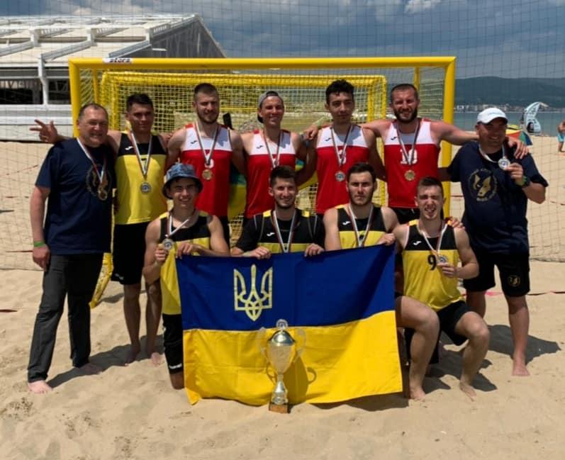 Харьковчане выиграли международный турнир по пляжному гандболу (фото)