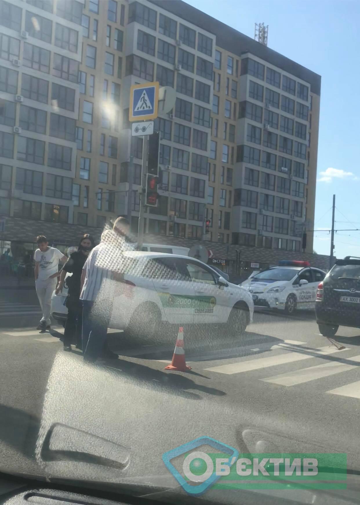 На Клочковской – километровая пробка из-за ДТП (фото, видео)