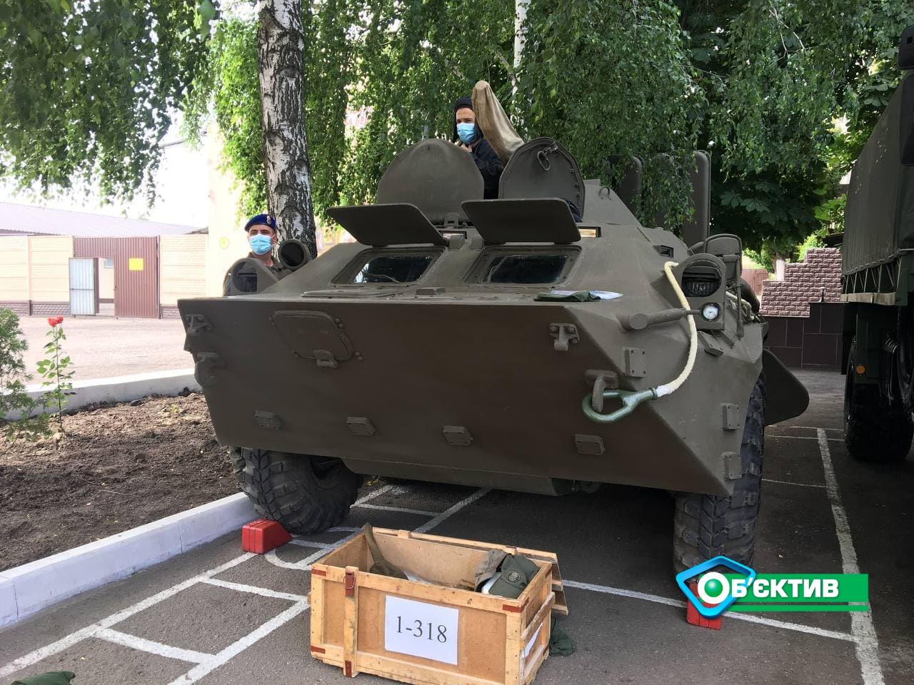 Обязательный технический контроль техники Нацгвардии начался в Харькове