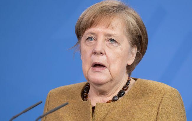 """Меркель обсудит с Байденом разногласия по """"Северному потоку – 2"""""""
