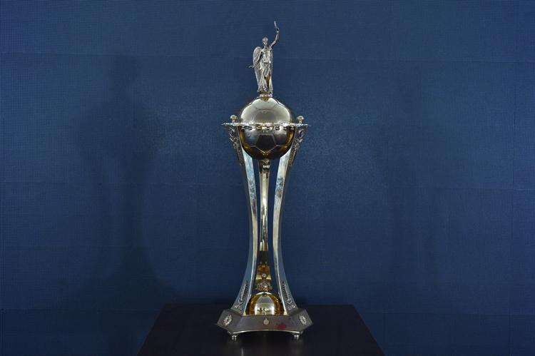 Суперкубок по футболу могут разыграть в Киеве или в Одессе
