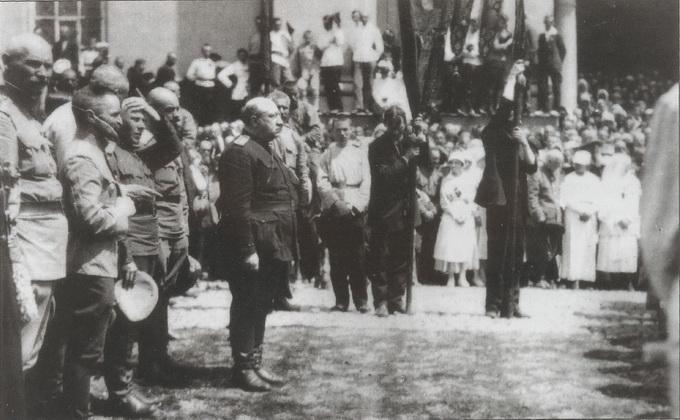 Командующий Добровольческой армией генерал-лейтенант Владимир Май-Маевский