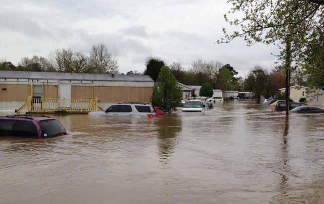 На Алабаму обрушился тропический шторм (видео)