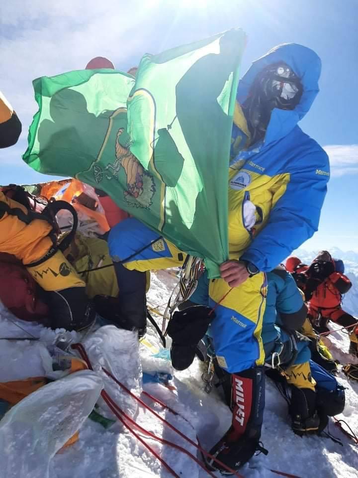 Эверест – это менеджмент и это не про спорт – харьковский альпинист, 4 раза покоривший Джомолунгму (видео)