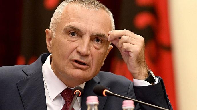 Импичмент президенту: в Албании собрали достаточно компромата