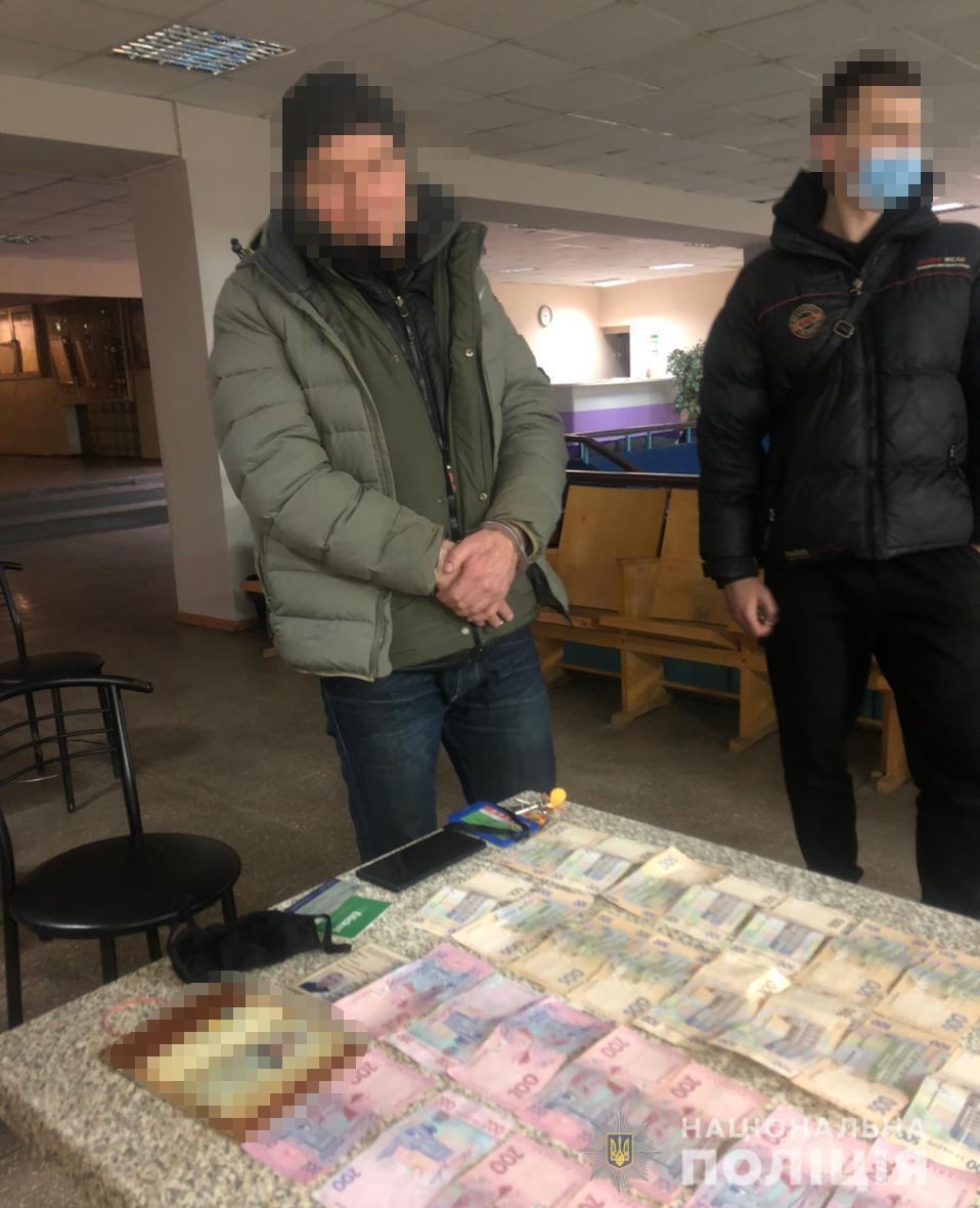 С ассенизаторов харьковские вымогатели собрали около 60 тыс. грн